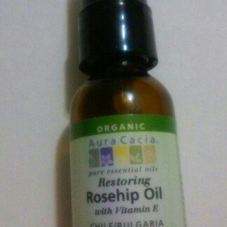 Photo of Aura Cacia Rosehip Seed Skin Care Oil Certified Organic 1 fl oz uploaded by Ariday N.