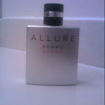 Photo of CHANEL ALLURE HOMME SPORT Eau de Toilette uploaded by Yvette R.