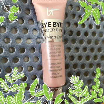IT Cosmetics Bye Bye Under Eye Illumination Full Coverage Anti-Aging Waterproof Concealer uploaded by Katie Q.