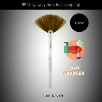 Photo of e.l.f. Cosmetics e.l.f. Fan Brush uploaded by Zoe R.