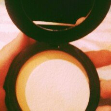 Photo of Asepxia Shine Control Compact Powder uploaded by ceci m.