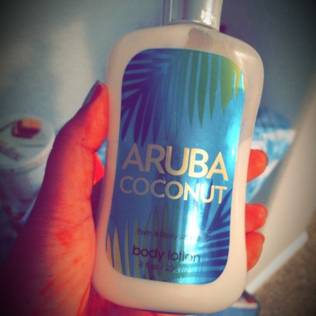 Bath & Body Works Bath Body Works Aruba Coconut 8.0 oz Body Lotion