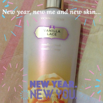 Photo of Victoria's Secret Seductive Amber Hydrating Body Lotion uploaded by Angélica G.