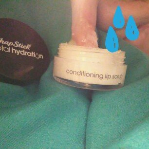 Photo of ChapStick® Total Hydration Conditioning Lip Scrub Fresh Peppermint uploaded by Daria Q.