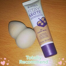 Rimmel Stay Matte Liquid Mousse Foundation uploaded by Mariangela S.