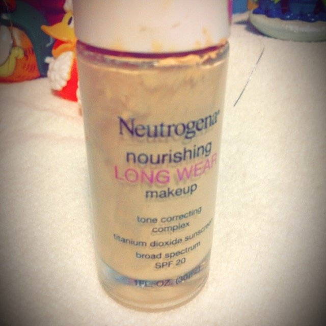 Neutrogena Nourishing Long Wear Foundation uploaded by Melanie S.