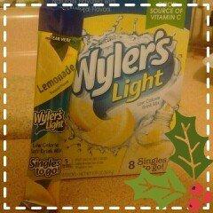 Photo of Wyler's Light LEMONADE Natural Flavors Soft Drink Mix Sugar Free 8 Sticks In Each Box (12 Pack) GL uploaded by Deyaneira M O.