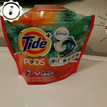 Tide Pods Plus Febreze uploaded by Rebecca G.