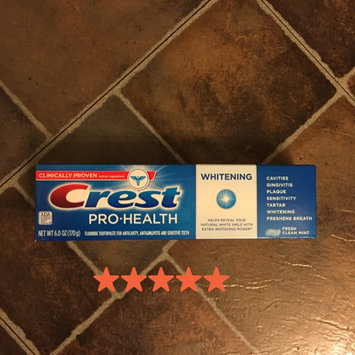Photo of Crest Pro-Health Whitening Toothpaste Fresh Clean Mint uploaded by Brandi C.