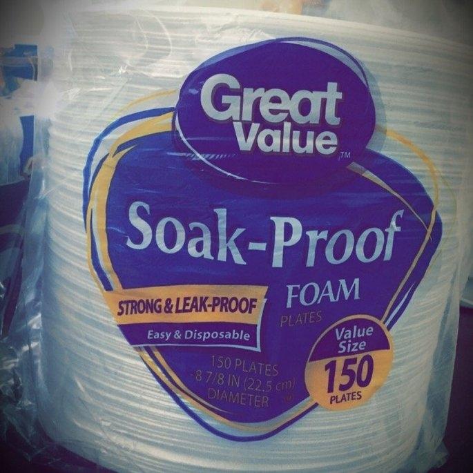 Great Value Soak Proof Foam Plates uploaded by Jindee S.
