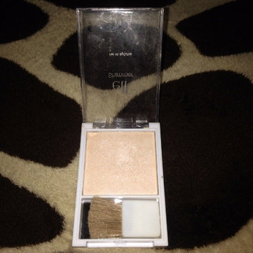 Photo of e.l.f. Shimmer with Brush uploaded by Duiliana N.