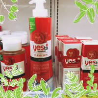 Yes to Tomatoes Acne Fighting Body Wash uploaded by Abigail L.