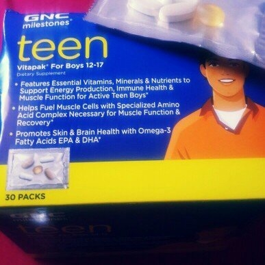 GNC milestones Teen Vitapak For Boys 12-17 uploaded by Patricia Q.