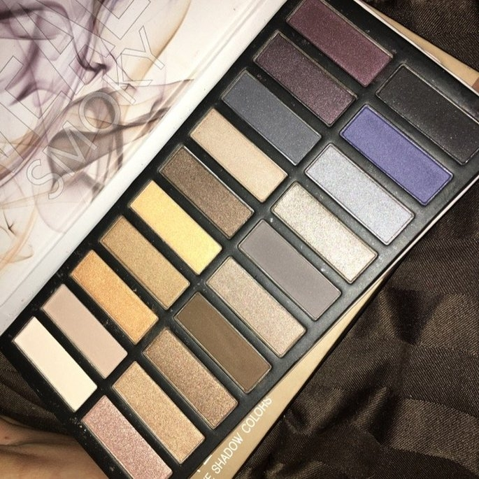 Coastal Scents Revealed Smoky Palette uploaded by Chelsea M.