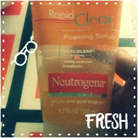 Neutrogena Rapid Clear Oil-Removing Foaming Cleanser uploaded by Monica I.