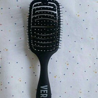 Verb Blow Dry Brush uploaded by Adeline P.
