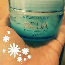 Photo of Nature Republic Super Aqua Max Combination Watery Cream uploaded by Paula Juliet M.