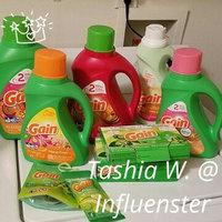 Gain with FreshLock Apple Mango Tango Liquid Detergent 48 Loads 100 Fl Oz uploaded by Tashia W.