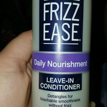 John Frieda Frizz-Ease Daily Nourishment Leave-In Conditioning Spray uploaded by Jeniffer a.