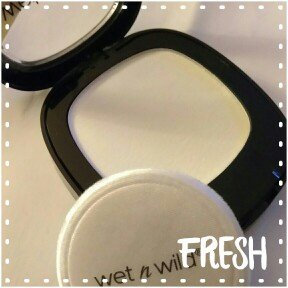 Wet 'n' Wild Mattifying Powder uploaded by Cindy l.