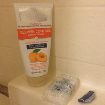 Equate Beauty Blemish Control Apricot Scrub, 6 oz uploaded by Isara F.
