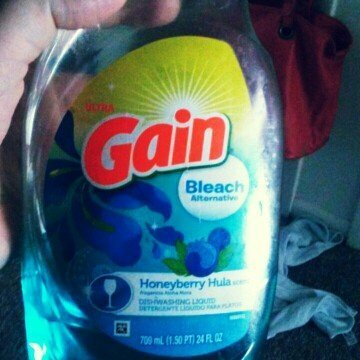 Gain® Ultra Moonlight Breeze Dishwashing Liquid uploaded by Tara D.