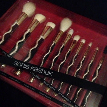 Sonia's Serpent 10-Piece Brush Set uploaded by Kir W.