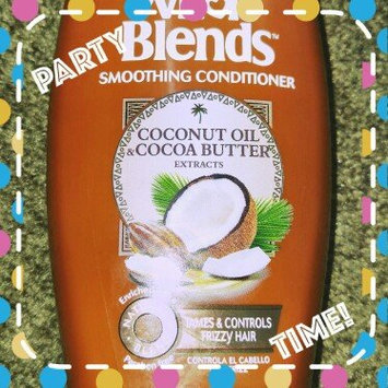 Photo of Garnier Whole Blends Coconut Oil & Cocoa Butter Extracts Smoothing Conditioner uploaded by ALESHA Z.