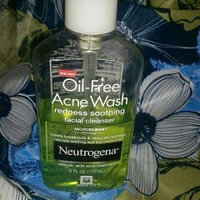Neutrogena Oil-Free Acne Wash Redness Soothing Facial Cleanser uploaded by johanna f.