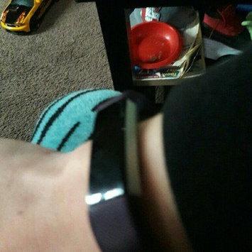 Fitbit 'Alta' Wireless Fitness Tracker, Size Small - Black uploaded by Julie G.