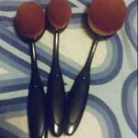 CAILYN O Wow Make Up Brush uploaded by member-8ee21e27d