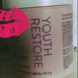Photo of Ion Youth Restore Renewing Leave-In Conditioner uploaded by camila s.