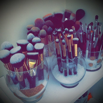 Photo of BH Cosmetics Sculpt and Blend 10 Piece Brush Set uploaded by Barbara S.