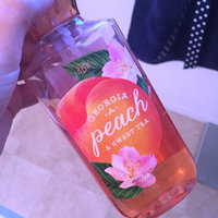 Bath & Body Works Shower Gel Georgia Peach & Sweet Tea 10 oz uploaded by Maureen H.