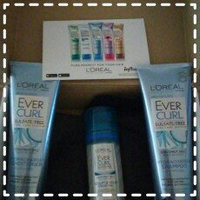L'Oréal Paris EverCurl Hydracharge Shampoo and Conditioner Trio uploaded by Melissa R.