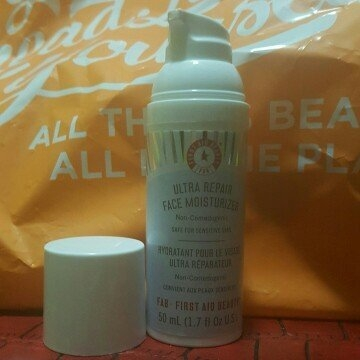 First Aid Beauty Ultra Repair Face Moisturizer uploaded by Raelyn S.