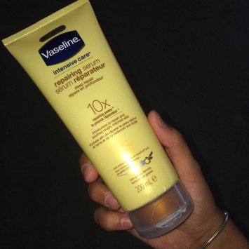 Photo of Vaseline Intensive Care Healing Serum Deep Repair uploaded by Zainab R.