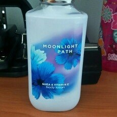 Bath & Body Works Moonlight Path Body Lotion uploaded by Thays S.