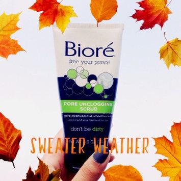 Photo of Biore Pore Unclogging Scrub uploaded by Maham W.