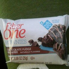 Photo of Fiber One 90 Calorie Chocolate Fudge Brownie uploaded by Ann P.