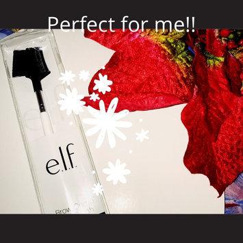 e.l.f. Cosmetics Brow Comb + Brush uploaded by Yomaira O.