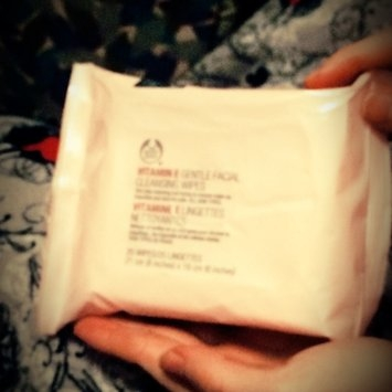 The Body Shop Vitamin E Gentle Facial Cleansing Wipes uploaded by Kimberly P.