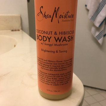 SheaMoisture Organic Shea Butter Wash uploaded by Daphney D.