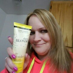 Photo of John Frieda® Sheer Blonde Go Blonder Lightening Shampoo uploaded by julie n.
