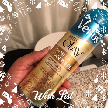 Gillette Venus® with a touch of Olay® Vanilla Cashmere™ Shave Gel uploaded by Crystajlove