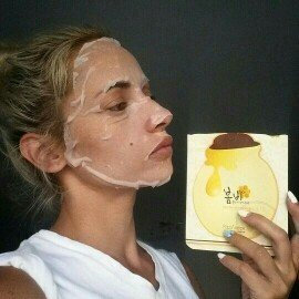 Papa Recipe Bombee Honey Mask Pack uploaded by Laura B.