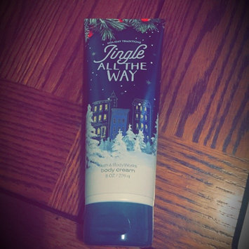 Bath & Body Works Jingle All The Way uploaded by Bridget B.