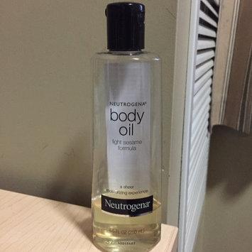 Photo of Neutrogena® Body Oil uploaded by Chinelo M.