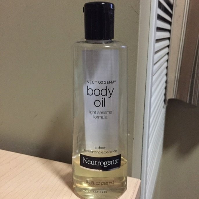 Neutrogena Light Sesame Formula Body Oil uploaded by Chinelo M.