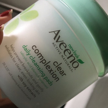 Aveeno Clear Complexion Daily Cleansing Pads uploaded by Katherine M.